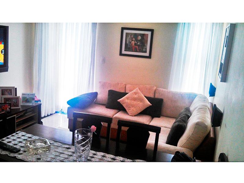 Sacomã, Apartamento Padrão-Sala com piso de cerâmica, teto rebaixado com iluminação embutida e acesso a varanda.