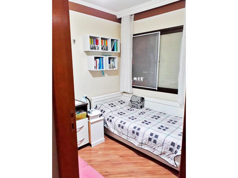 Jabaquara, Apartamento Padrão-2º dormitório com piso laminado e teto com sanca de gesso.