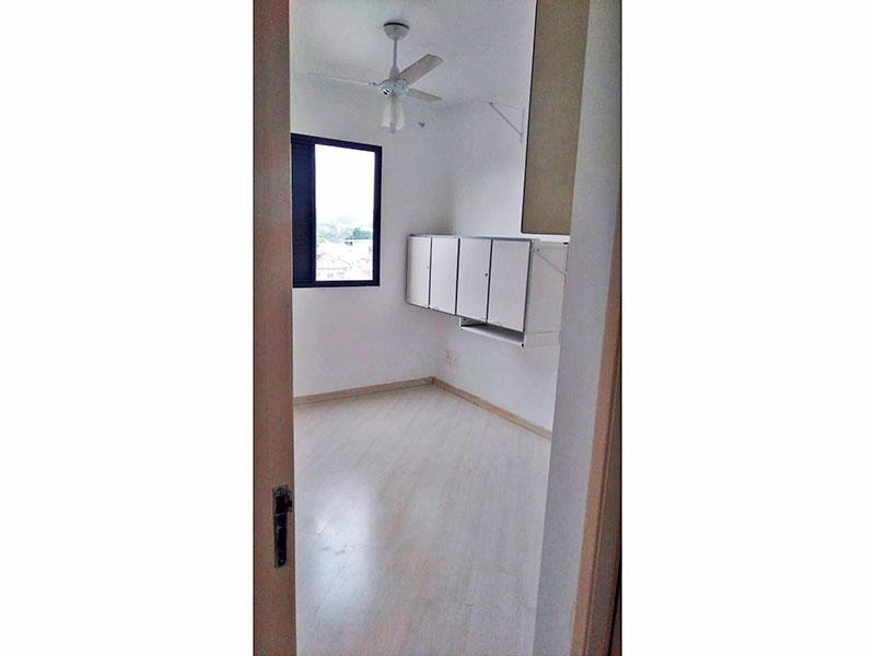 Jabaquara, Apartamento Padrão-1º suite com piso laminado e armários planejados.