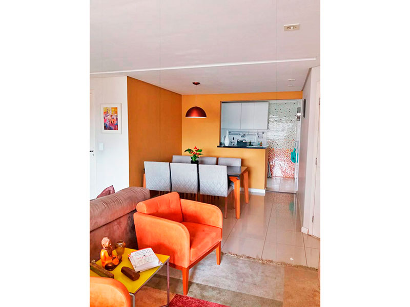 Jabaquara, Apartamento Padrão-Sala com piso de porcelanato, teto com sanca, armários planejados e com acesso a varanda gourmet.