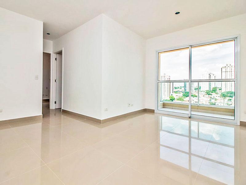 Ipiranga, Apartamento Padrão - Sala com piso de porcelanato e acesso a sacada.