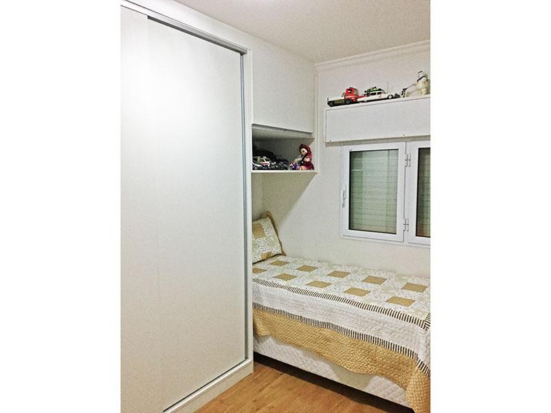 Jabaquara, Apartamento Padrão-2º quarto com piso de laminado, teto com moldura de gesso e armários embutidos.