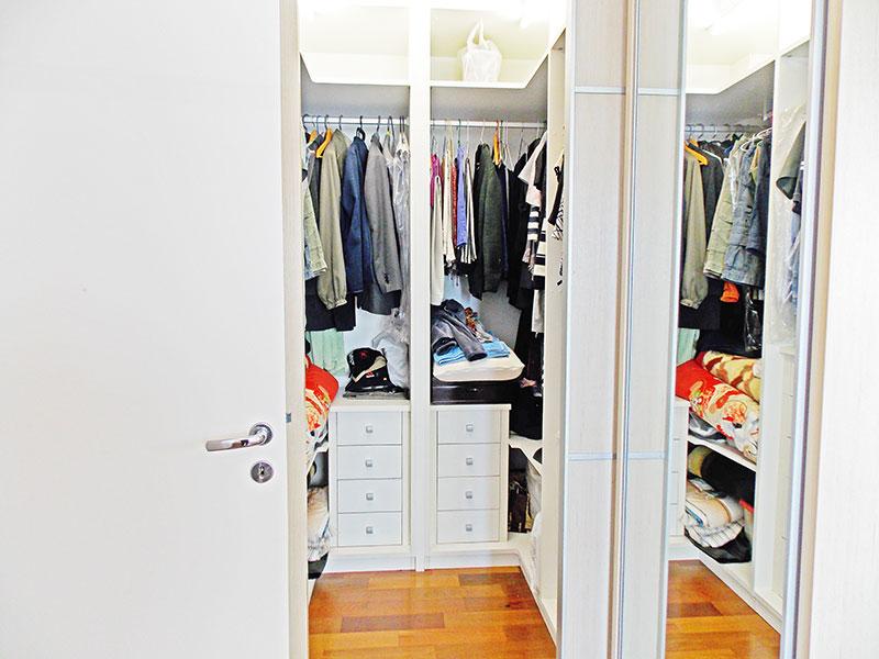 Jabaquara, Apartamento Padrão-Closet com piso de tacão.