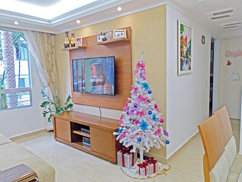 Sacomã, Apartamento Padrão-Sala com piso de porcelanato, teto com sanca de gesso e iluminação embutida.