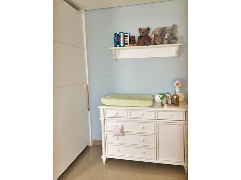 Sacomã, Apartamento Padrão-2º Quarto com piso de porcelanato, teto com sanca e armários planejados.