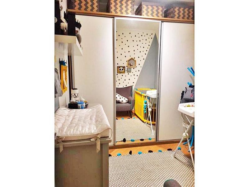 Sacomã, Apartamento Padrão-2º Quarto com piso de laminado e teto com moldura de gesso.