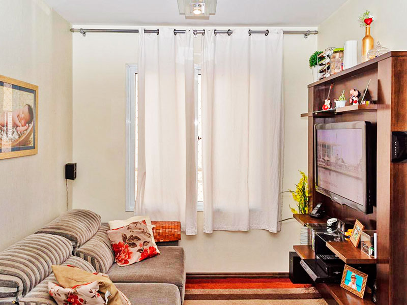 Sacomã, Apartamento Padrão - Sala com piso de laminado.