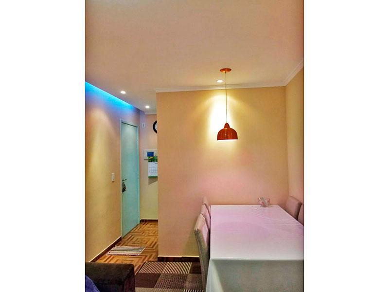 Jabaquara, Apartamento Padrão-Sala com piso de cerâmica, teto com sanca, iluminação embutida e acesso a varanda.