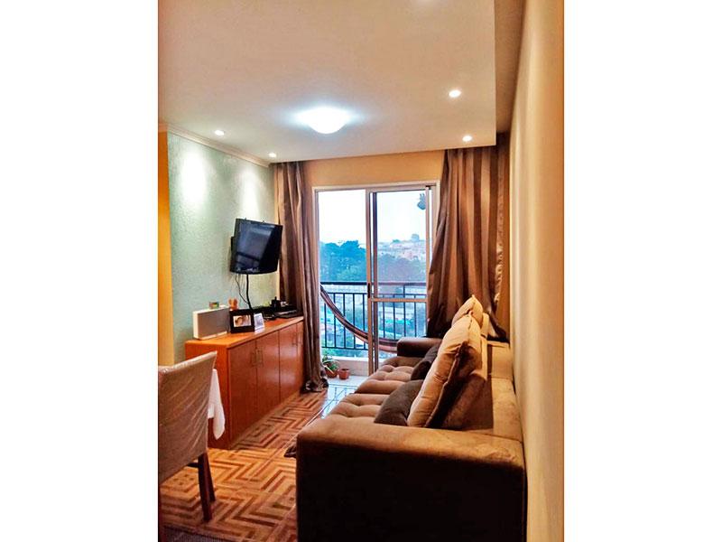 Jabaquara, Apartamento Padrão - Sala com piso de cerâmica, teto com sanca, iluminação embutida e acesso a varanda.