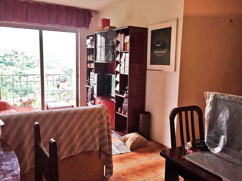 Jabaquara, Apartamento Padrão-Sala em L com piso de cerâmica e acesso a varanda.