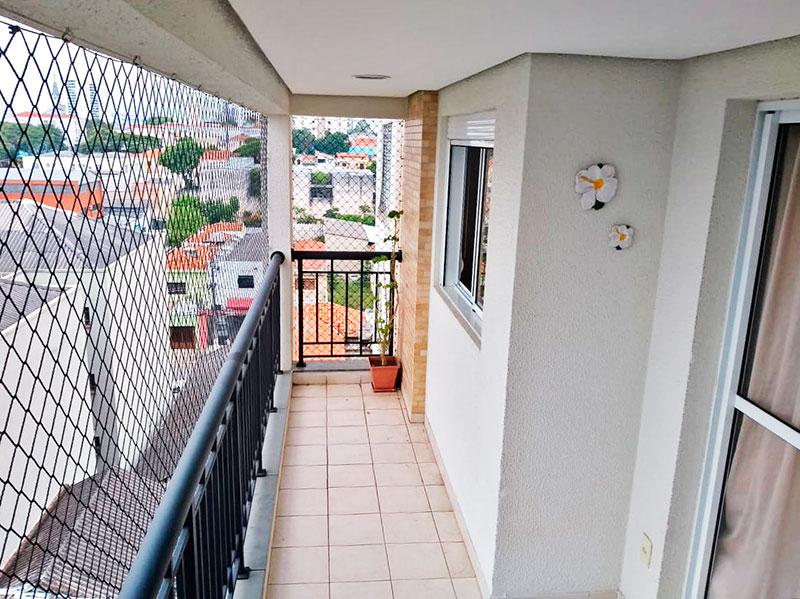 Ipiranga, Apartamento Padrão-Varanda com piso de cerâmica, teto com sanca, iluminação embutida e tela de proteção.
