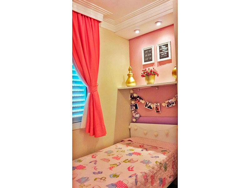 Sacomã, Apartamento Padrão-3º Quarto com piso de cerâmica, teto com moldura de gesso e iluminação embutida.
