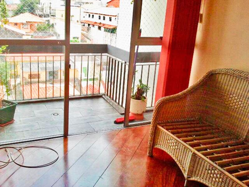 Jabaquara, Apartamento Padrão-Sacada com piso de ardosia e tela de proteção.