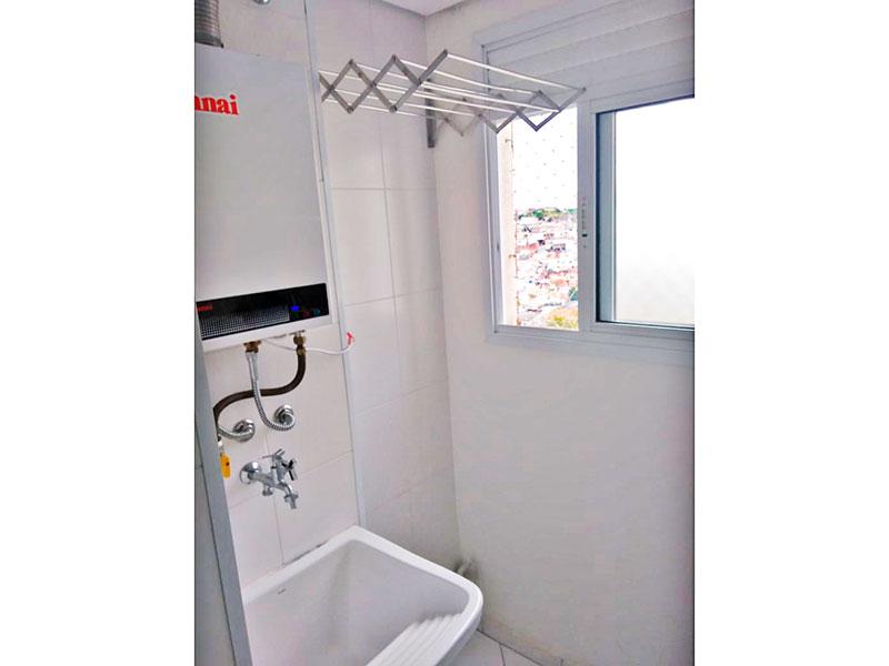 Sacomã, Apartamento Padrão-Área de serviço com piso de cerâmica e aquecedor da passagem.