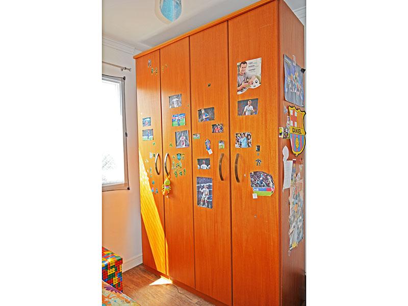 Sacomã, Cobertura Duplex-3º Quarto com piso de laminado e teto com moldura de gesso.
