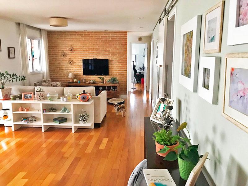 Ipiranga, Apartamento Padrão - Sala ampliada (com o 4º quarto), com piso de tacão e acesso a varanda gourmet.