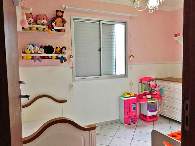 Jabaquara, Apartamento Padrão-2º Quarto com piso de cerâmica e teto com moldura de gesso.