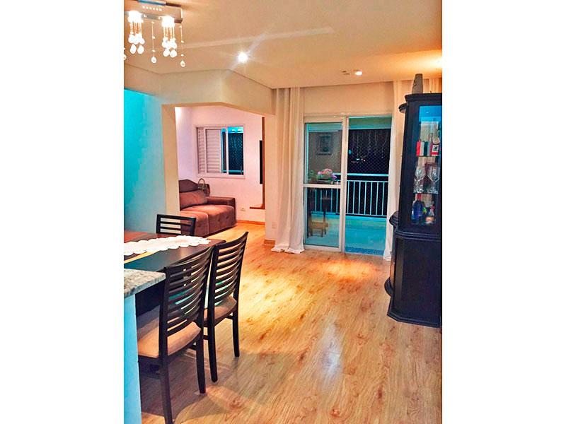 Sacomã, Apartamento Padrão-Sala ampliada (com o 3º quarto), com piso de laminado, teto com sanca, iluminação embutida e acesso a varanda gourmet.