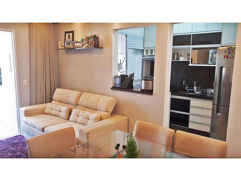 Ipiranga, Apartamento Padrão-Sala com piso de cerâmica e acesso a varanda gourmet.