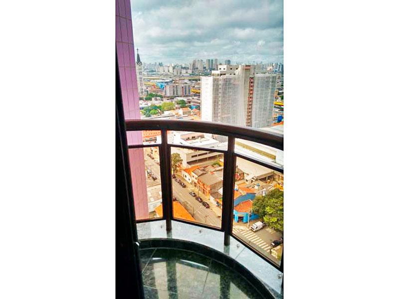 Ipiranga, Apartamento Padrão-Sacada com piso de granito.