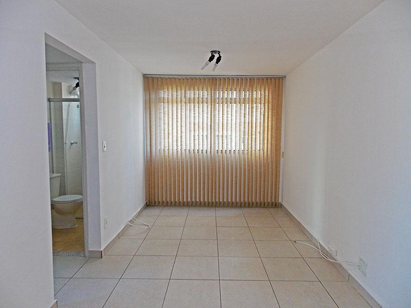 Jabaquara, Apartamento Padrão-Sala com piso de cerâmica.