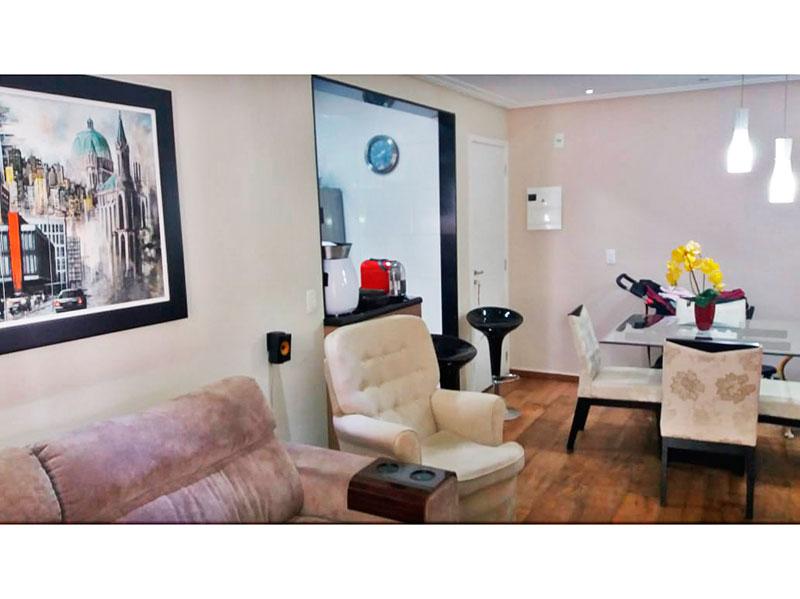 Sacomã, Apartamento Padrão-Sala com piso de laminado, teto com sanca, iluminação embutida e acesso a área de serviço.