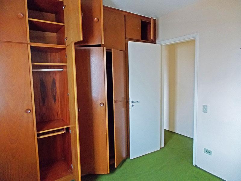 Ipiranga, Apartamento Padrão-2º Quarto com piso de carpete e armários planejados.