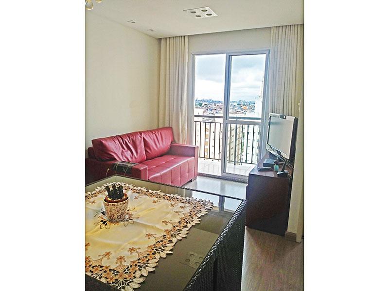 Sacomã, Apartamento Padrão - Sala com piso de laminado, teto com sanca, iluminação embutida e acesso a varanda.