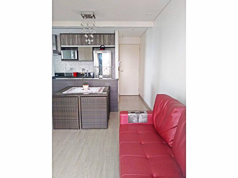 Sacomã, Apartamento Padrão-Sala com piso de laminado, teto com sanca, iluminação embutida e acesso a varanda.