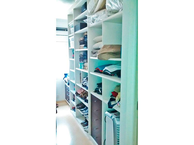 Ipiranga, Apartamento Padrão-Closet com piso de laminado (3º quarto transformado).