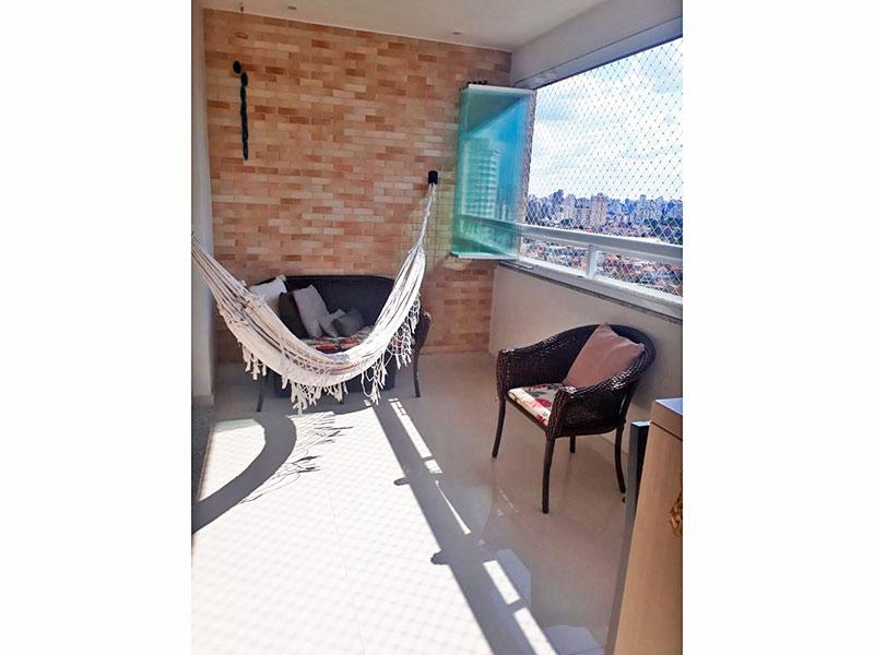 Ipiranga, Apartamento Padrão-Varanda gourmet com piso de porcelanato, iluminação embutida, gabinete, pia de granito, churrasqueira, fechamento de vidro e tela de proteção.