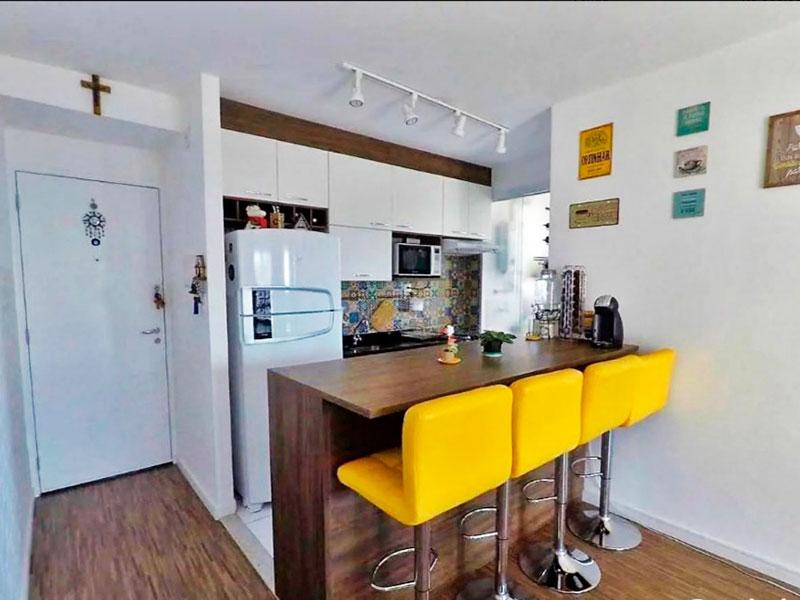 Jabaquara, Apartamento Padrão-Cozinha americana com piso de cerâmica, armários planejados, gabinete, pia de granito e acesso a área de serviço