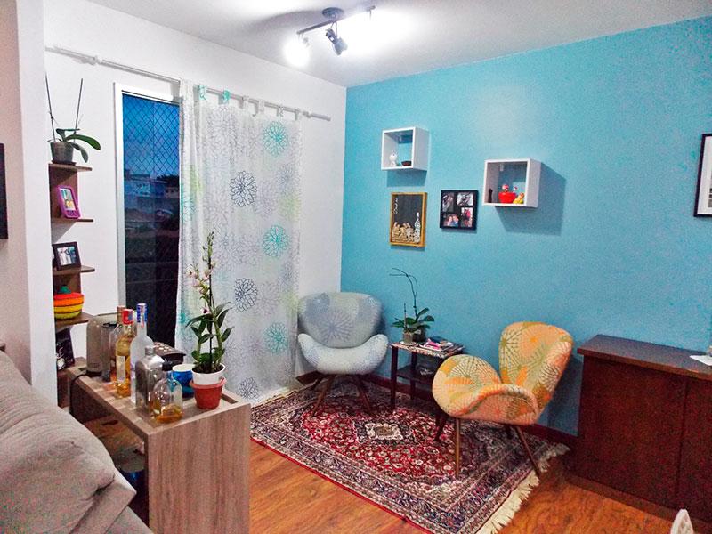Jabaquara, Apartamento Padrão-Sala ampliada (com o 3º quarto), com piso laminado e acesso a varanda.