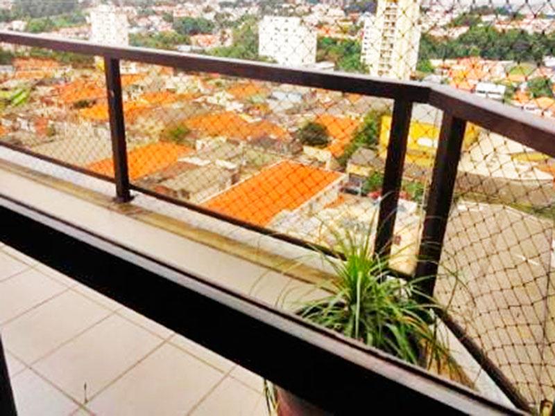 Ipiranga, Cobertura Duplex-Sacada com piso de cerâmica e tela de proteção.