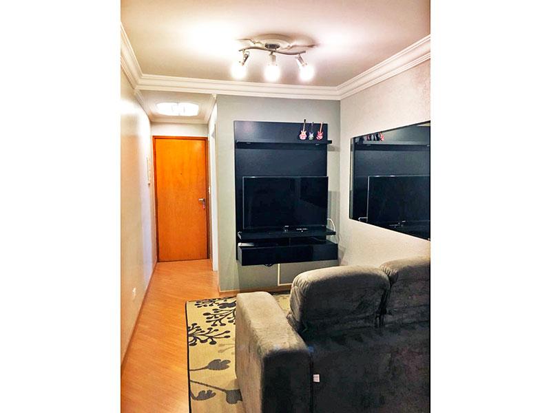 Sacomã, Apartamento Padrão-Sala com piso laminado, teto com moldura de gesso e acesso a varanda.