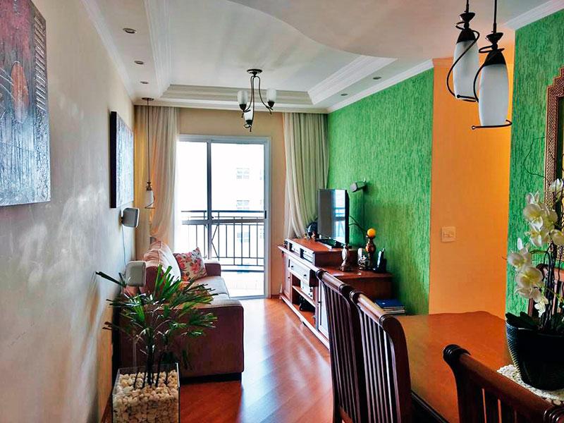 Ipiranga, Apartamento Padrão - Sala com piso laminado, teto com sanca de gesso, iluminação embutida  acesso a sacada.