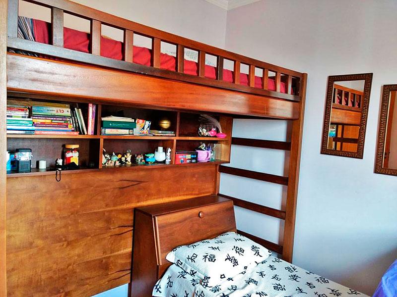 Ipiranga, Apartamento Padrão-2º Quarto com piso laminado e teto com moldura de gesso.