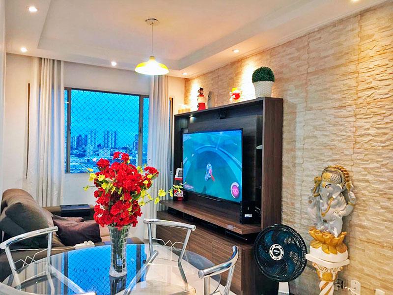 Ipiranga, Apartamento Padrão - Sala com piso de cerâmica, teto com sanca de gesso e iluminação embutida.
