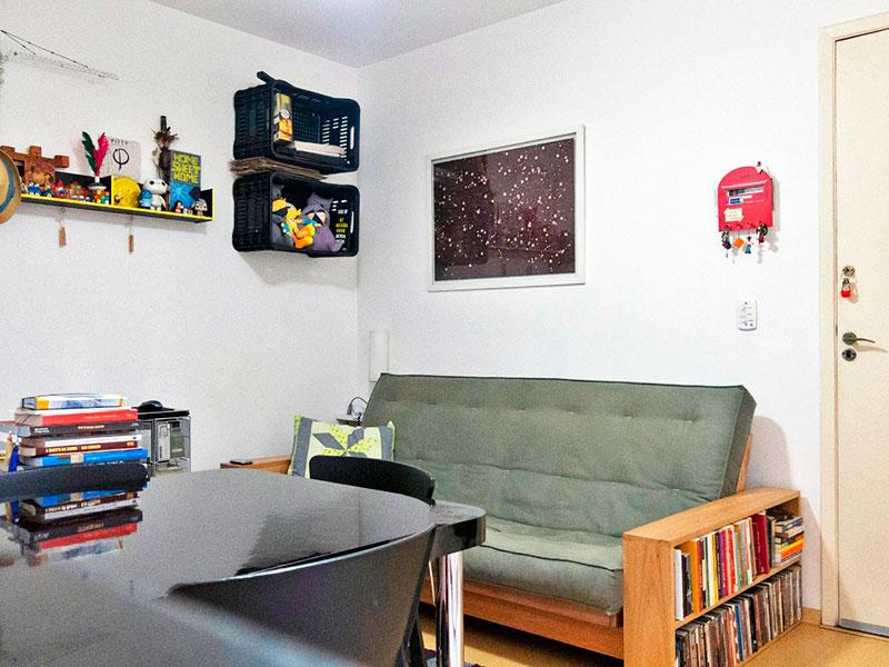 Jabaquara, Studio-Sala em L com piso laminado.