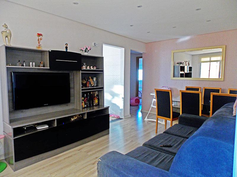 Ipiranga, Apartamento Padrão - Sala com piso laminado, teto com sanca e iluminação embutida.
