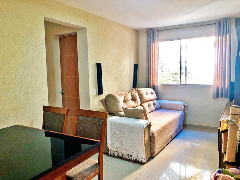 Jabaquara, Apartamento Padrão - Sala com piso de porcelanato.