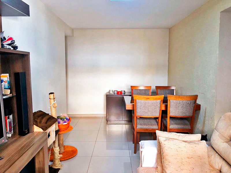 Jabaquara, Apartamento Padrão-Sala com piso de porcelanato.