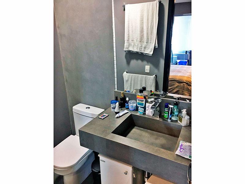 Ipiranga, Apartamento Penthouse-Banheiro da suíte com piso de cerâmica, pia de granito e box de vidro.