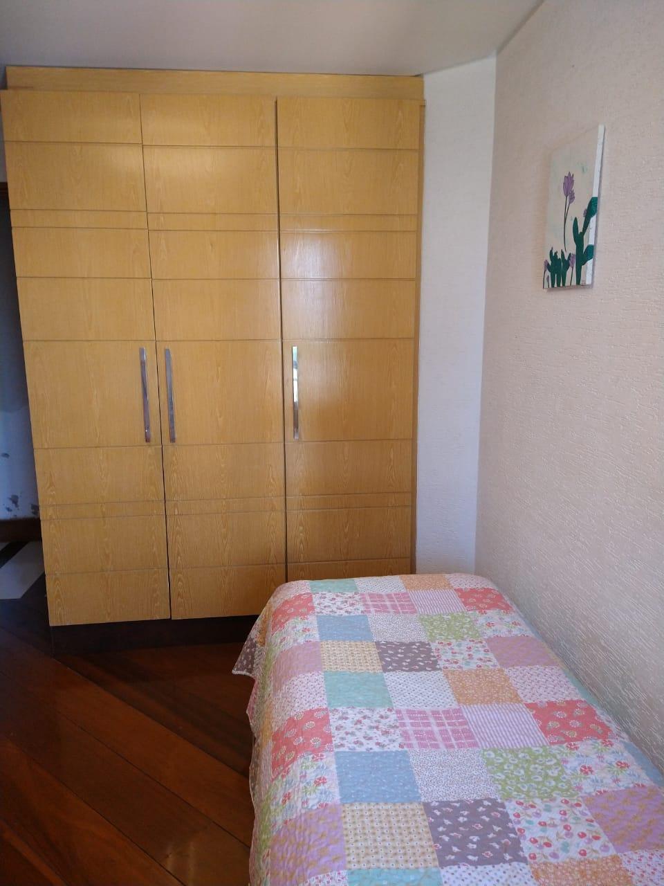 Ipiranga, Apartamento Padrão-2º Dormitório com armários planejador e piso de madeira