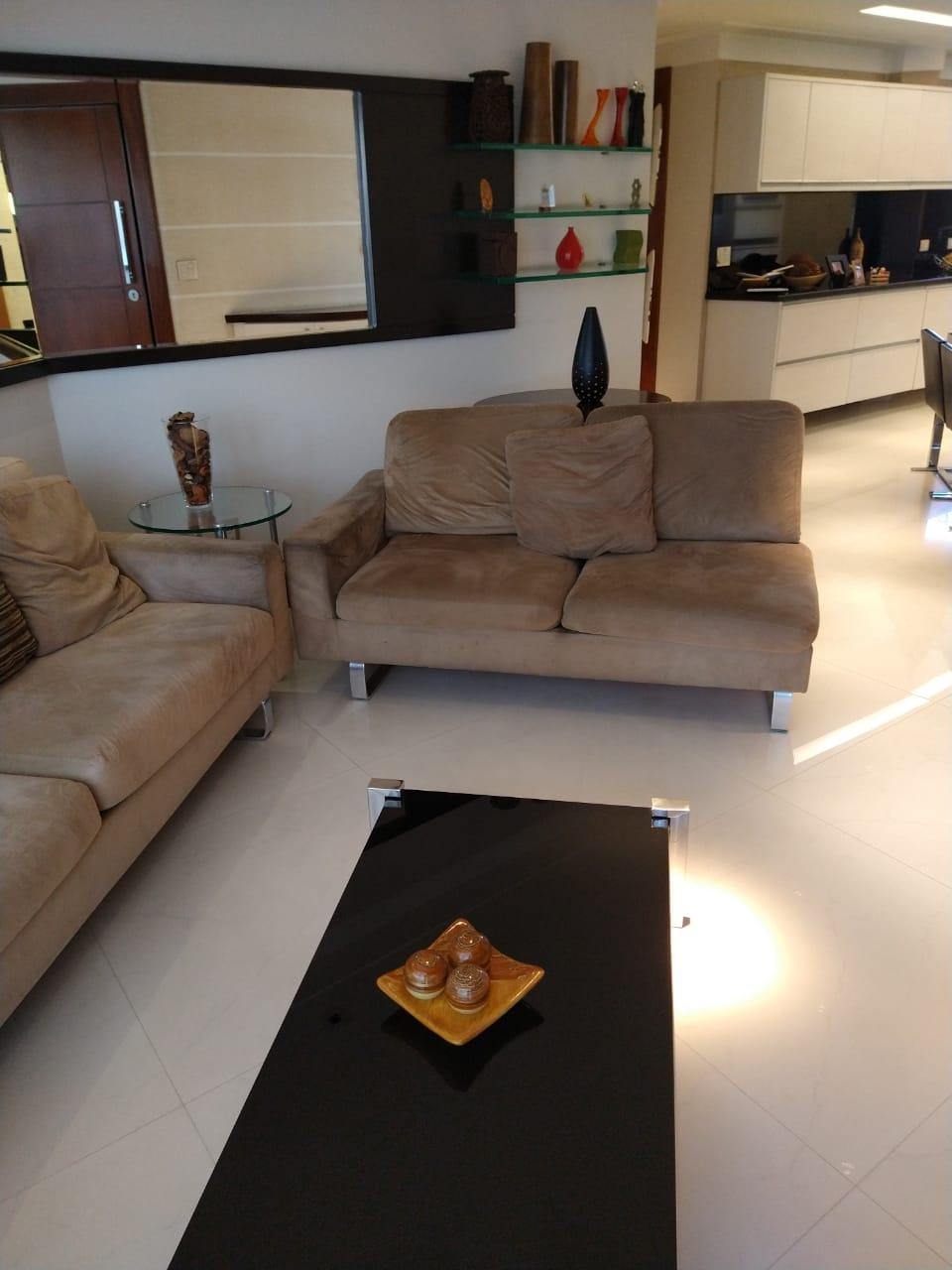 Ipiranga, Apartamento Padrão-Sala 2 ambientes, piso de porcelanato, sanca de gesso com iluminação direta